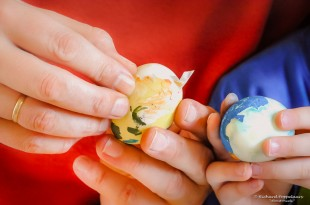 Traditional painted eggs at Easter, it's fun with kids but be sure to use the right paint